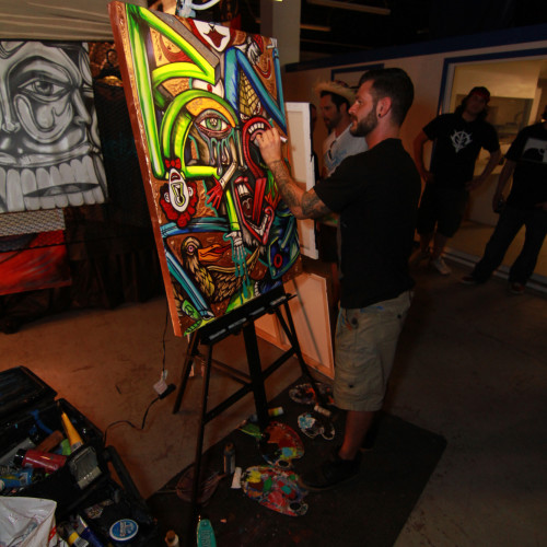 Jay Oliveira working on his live piece during the party!